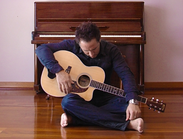 Acoustic Soloist AJ Perth Singer Musician